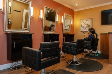 hair stylist room